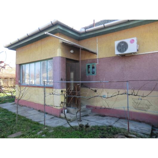 Eladó családi ház Jász-Nagykun-Szolnok megye, Mezőtúr, Központ közeli