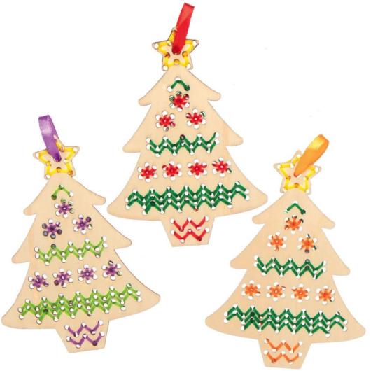 Karácsonyfa keresztszemes varrókészlet fa függődísz 5 db-os Baker Ross AX424