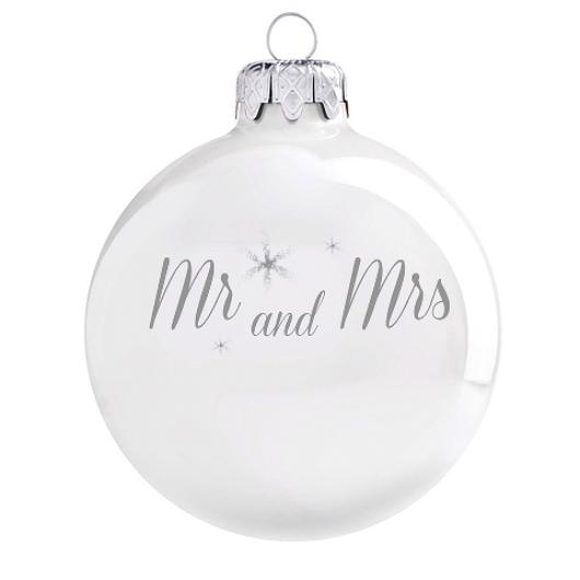 Mr & Mrs porcelán hatású üveg fehér díszen 8cm - Karácsonyfadísz