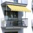 Kép 2/2 - Feltekerhető napellenző, sárga csíkos, 200x120 cm