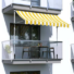 Kép 2/2 - Feltekerhető napellenző, sárga csíkos, 250x120 cm